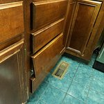 Drawer falling off - castle this.  Is the $699/night cabin that Cramers Creekside moved us to