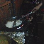 Мне готовят бирияни с креветками