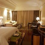 Interior - The Leela Palace Bengaluru Photo