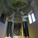 Foto de Santuario della Madonna dell'Aiuto