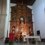 Altar y retablo