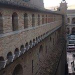 Photo de Camminamenti di Ronda della Pontificia Basilica