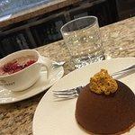 Tiramisu + Gorąca, różowa czekolada Ruby