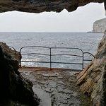 Photo de Capo Caccia Vertical Cliffs