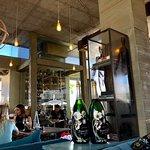 Foto de Life Grand Cafe Waterfall