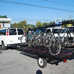 Trailer & van ready to head up the mountain