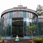 Eu no Palácio de Cristal de Petrópolis, Petrópolis, Rio de Janeiro.