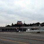 Battle Rock Motel from across the 101