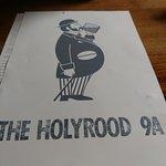 Bilde fra The Holyrood 9A