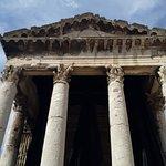 Foto van Temple Of Augustus