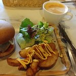 Prime Beef Burger with Steaky Bacon and Cafe Latte