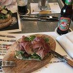 Foto de Brasserie und Bar Volkshaus Basel