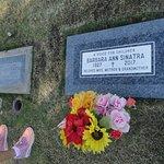 Frank Sinatra Gravesite resmi