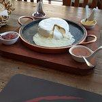 O queijo, com geleias variadas