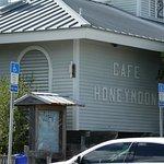 Cafe Honeymoon