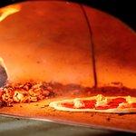 Мы используем только качественные продукты, чтобы вы полноценно ощутили изысканный вкус Неаполя