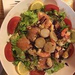 Personnels Chaleureux et accueillants/Bonne bouffe (Salade océane et cabillaud aux algues) -Tera