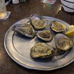 صورة فوتوغرافية لـ Oyster Pub