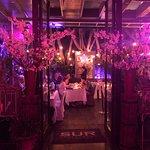 Foto de Sur Restaurant & Grill