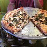 Zdjęcie Pizanos Pizza