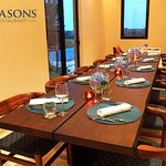 Enjoy lunch meetings, business meetings or private reservations with your friends in our Seasons Restaurant!