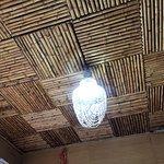 Cielo del techo de bambú