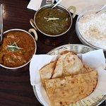 Foto de Radhas Indian Restaurant & Takeaway