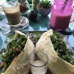 Foto de AKAR Cafe Lovina