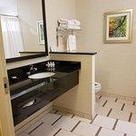 Fairfield Inn & Suites Utica Photo