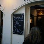 Foto de Crusting Pipe Wine Bar