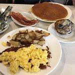 Foto de Blueberry Muffin Restaurant