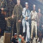 صورة فوتوغرافية لـ The Mural Walk in Ashland