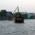チャオプラヤ川の連絡船