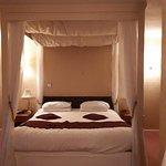 Howfield Manor Hotel Foto
