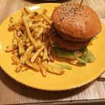 Foto de Burgers & Bowls Almancil