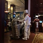 Lawry's The Prime Rib의 사진