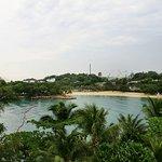 Photo de Tanjong Beach