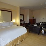 Pearlwort Hotel and Suites Photo