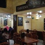 Photo de Taberna del Arenal