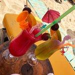 Dolphin Beach Bar resmi