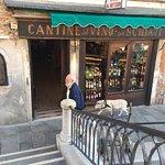 Foto de Cantine del Vino Già Schiavi