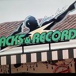 Foto de Usain Bolt's Tracks and Records