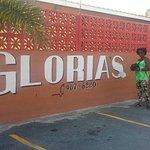 Gloria's Rendezvous의 사진