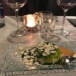 Panna cotta con pesto al basilico,zenzero e mandorle
