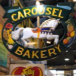Foto de Carousel Bakery