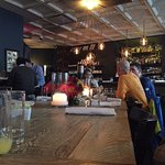 Blue Dog Kitchen Barの写真