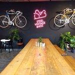Zdjęcie Steel Vintage Bikes Café & Kitchen