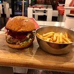 Hello Burger 사진