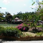 Thap Ba Hot Springs resmi