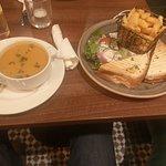 Foto de Muskerry Arms  Restaurant